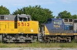 UP 5512 and CSX 7814